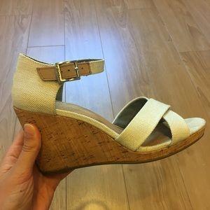 "TOMS 3.75"" wedged cork heel sandals. Size 7."